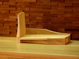 木の家具 quiet furniture of wood Study/officeCupboards & shelving Kayu