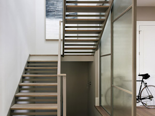 Feldman Architecture Classic style corridor, hallway and stairs