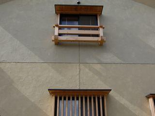 大工棟梁と造る倉の家 環アソシエイツ・高岸設計室 ラスティックな 家 木 ベージュ