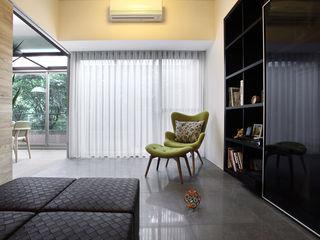 直譯空間設計有限公司 Classic style living room White