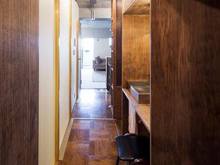 学芸大学・ROOM・S(GAKUGEIDAIGAKU・ROOM・S) 吉田裕一建築設計事務所 北欧スタイルの お風呂・バスルーム 銅/ブロンズ/真鍮 木目調