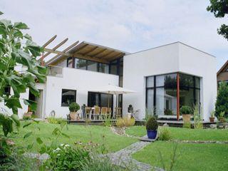 Modernes Wohnhaus im Bauhausstil Architekt Witte Moderne Häuser Stein Weiß