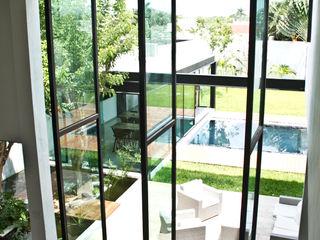 Vau Studio Modern Living Room