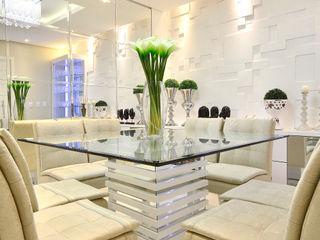 SALA DE JANTAR E ESTAR Graça Brenner Arquitetura e Interiores Salas de jantar modernas Vidro Branco