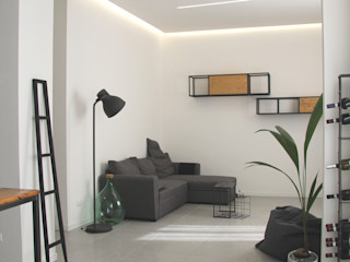 CHIARA MARCHIONNI ARCHITECT Moderne woonkamers IJzer / Staal Zwart