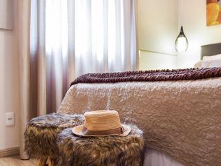 Amanda Pinheiro Design de interiores 모던스타일 침실 베이지