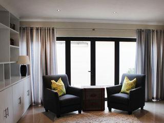 SANTE FE CRESCENT Covet Design Modern living room