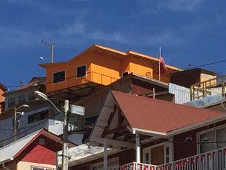 Rodrigo Chávez Arquitecto モダンな 家