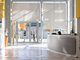 Studio Dalla Vecchia Architetti Office buildings Tiles Metallic/Silver
