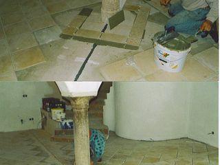 CASA Santa Barbara Phòng khách phong cách Địa Trung Hải Gạch ốp lát