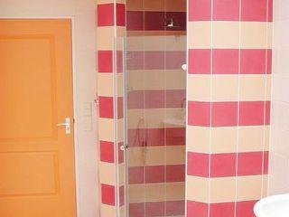 Brenda van der Laan interieurarchitect BNI Modern Bathroom Marble Orange