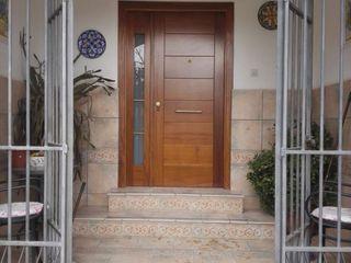 Cooperativa de la madera 'Ntra Sra de Gracia' Windows & doors Doors Kayu Buatan Wood effect