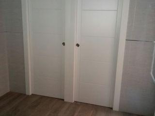 Cooperativa de la madera 'Ntra Sra de Gracia' Windows & doors Doors Kayu Buatan White