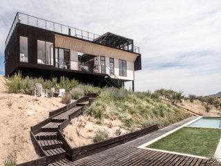 B+V Arquitectos Jardines de estilo moderno Madera Acabado en madera