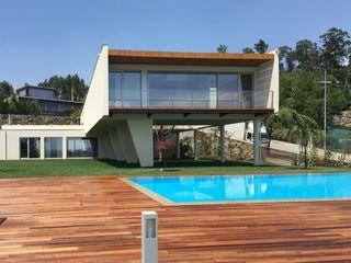 KUUK Modern Houses Wood