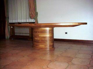 Gli Artigiani dei f.lli M.& S. Cordi snc Living roomSide tables & trays Wood