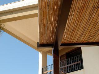 MEF Architect 陽台、門廊與露臺 配件與裝飾品 竹 Beige