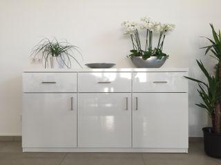 schrankwerk.de Living roomCupboards & sideboards MDF White