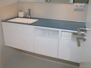 Architect Hugo Castro - HC Estudio Arquitectura y Decoración Modern Bathroom