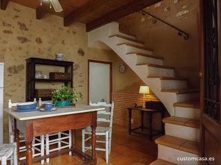 custom casa home staging Dapur Gaya Mediteran