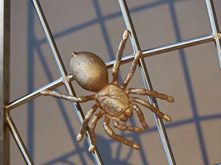 Fenstergitter mit Spinnennetzlook Metall & Gestaltung Dipl. Designer (FH) Peter Schmitz Fenster & TürGardinen und Vorhänge