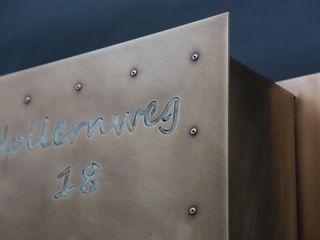 Tombak-Briefkasten Metall & Gestaltung Dipl. Designer (FH) Peter Schmitz Fenster & TürTürklinken und Zubehör