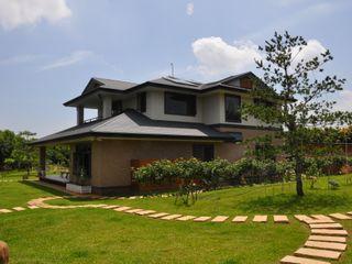 翔霖營造有限公司 Classic style houses Wood-Plastic Composite Brown