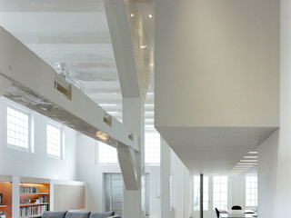VASD interieur & architectuur モダンデザインの リビング