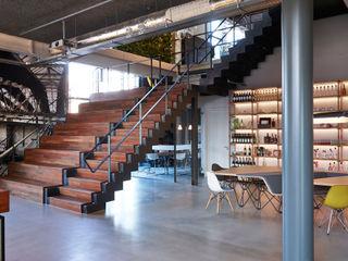 VASD interieur & architectuur Bares y clubs de estilo industrial