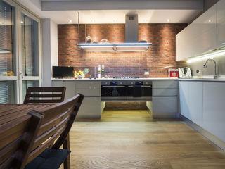 B&B Rivestimenti Naturali Industrial style kitchen Bricks Red