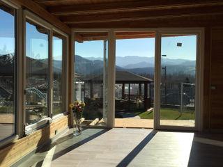 Veranda in legno a taglio termico Svitavvita Snc Giardino d'inverno moderno