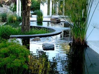 Espelho de água Atelier Jardins do Sul Jardins ecléticos