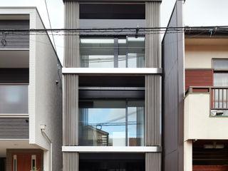 藤原・室 建築設計事務所 Moderne Häuser Metallic/Silber