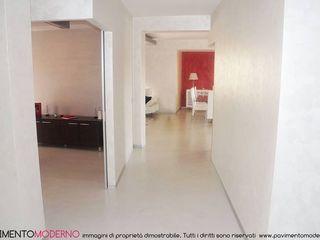 Pavimento Moderno Vestíbulos, pasillos y escalerasAccesorios y decoración Hormigón Blanco