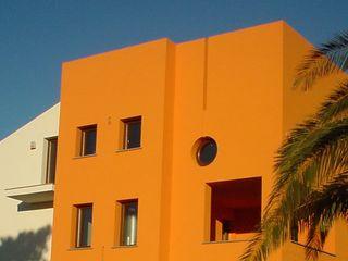 Giuseppe Rappa & Angelo M. Castiglione Casas modernas Naranja