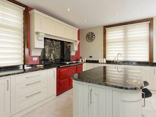 Mr & Mrs Moreton's Kitchen Room Dapur Klasik Granit White
