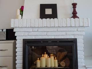 Home & Haus   Home Staging & Fotografía リビングルーム暖炉&アクセサリー 白色