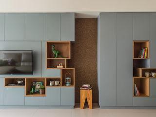 齊禾設計有限公司 Skandinavische Wohnzimmer Massivholz Blau