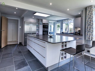 Stunning open plan Satin Grey kitchen Eco German Kitchens Cucina moderna MDF Grigio