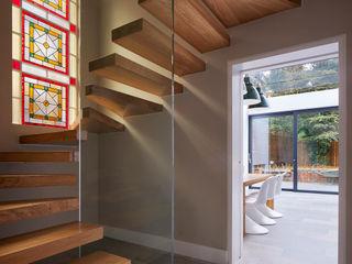 Church Crescent Andrew Mulroy Architects Modern corridor, hallway & stairs