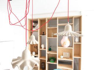 Peggy Franssen Interieurontwerp Study/officeStorage خشب رقائقي Wood effect