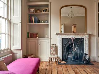 Camberwell Purdom's Bespoke Furniture SalonesAlmacenamiento Madera Beige