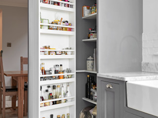 Twickenham Purdom's Bespoke Furniture CocinaAlmacenamiento y despensa Madera Gris