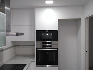 Reformadisimo KitchenCabinets & shelves