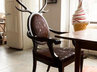 MERVE KAHRAMAN PRODUCTS & INTERIORS غرفة السفرةكراسي ومقاعد خشب Brown