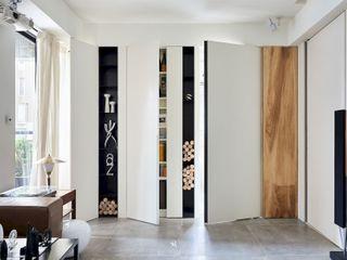 小.曲折 Anti-Sinuous 理絲室內設計有限公司 Ris Interior Design Co., Ltd. 窗戶 White