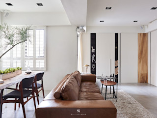 小.曲折 Anti-Sinuous 理絲室內設計有限公司 Ris Interior Design Co., Ltd. 客廳 White