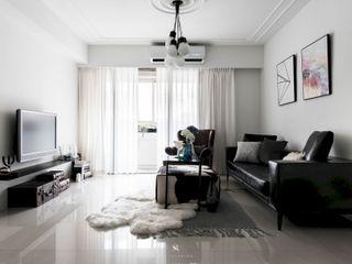 皓慕.Home Home Amore 理絲室內設計有限公司 Ris Interior Design Co., Ltd. 客廳 White