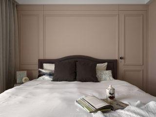 M.Maisonnette 理絲室內設計有限公司 Ris Interior Design Co., Ltd. 臥室床與床頭櫃 Purple/Violet