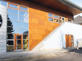Cortenstahl und Rostoptik für die Fassade Volimea GmbH & Cie KG Industriale Häuser